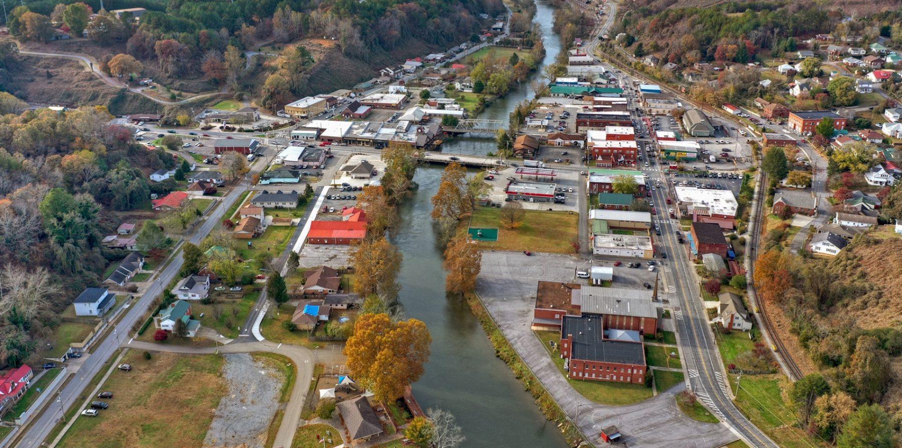 overview of mccaysville ga